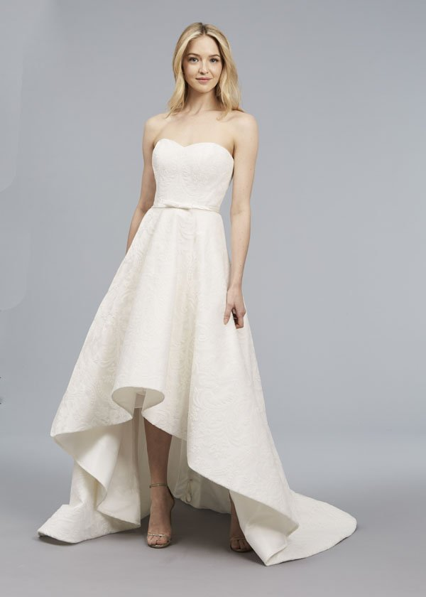 Wedding Dress Designer: Anne Barge | Woman Getting Married