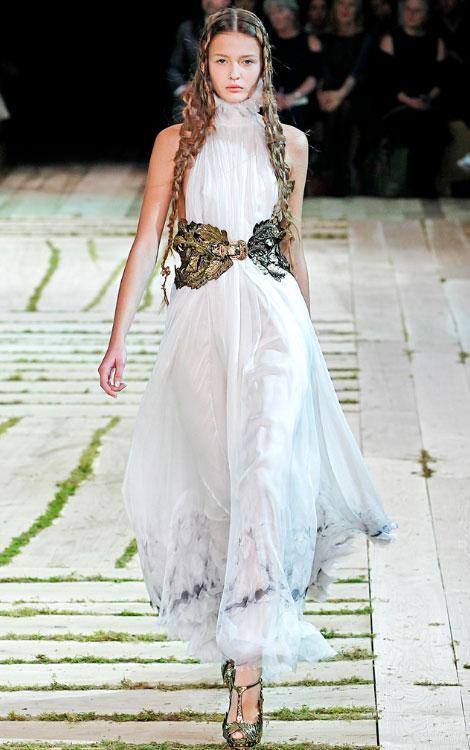 Royal Wedding Dress Sarah Burton