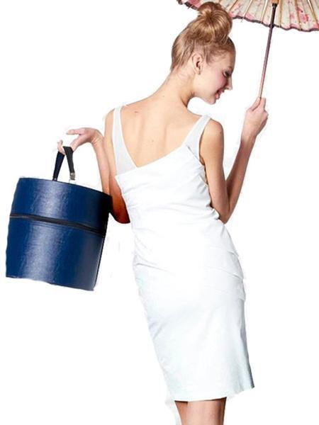 wedding dress alternative alice olivia woman getting married. Black Bedroom Furniture Sets. Home Design Ideas