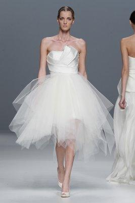 Jesus del pozo wedding dresses