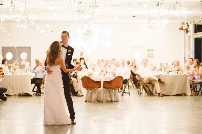 Photo by Honey Honey Photography via Green Wedding Shoes