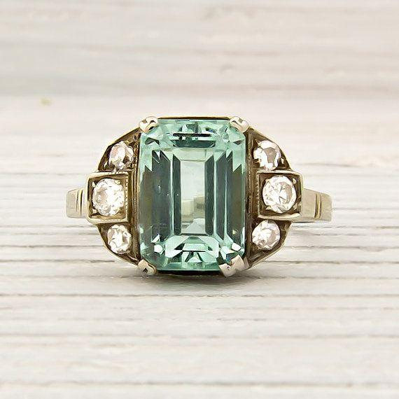 the best emerald engagement rings getting married