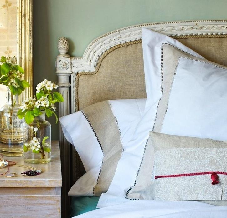 How to Create the Perfect Bedroom: Pillows
