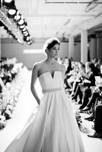 elizabeth stuart wedding dress