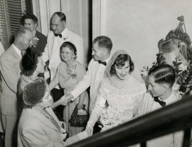 wedding-receiving-line