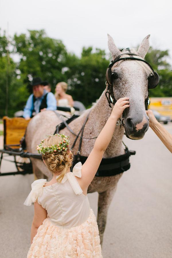 illinois-real-wedding-venue-43