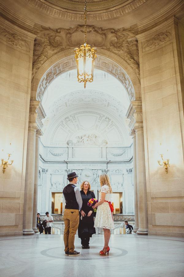 real-wedding-city-hall-san-francisco-16