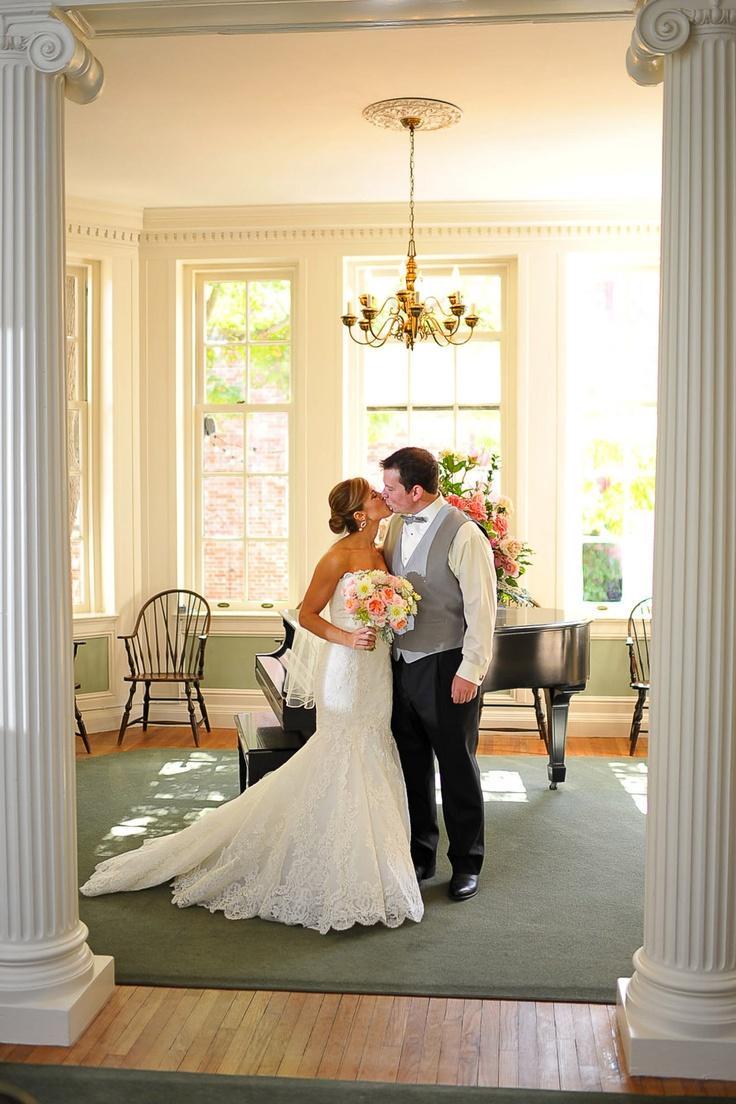 the-mansion-austin-wedding