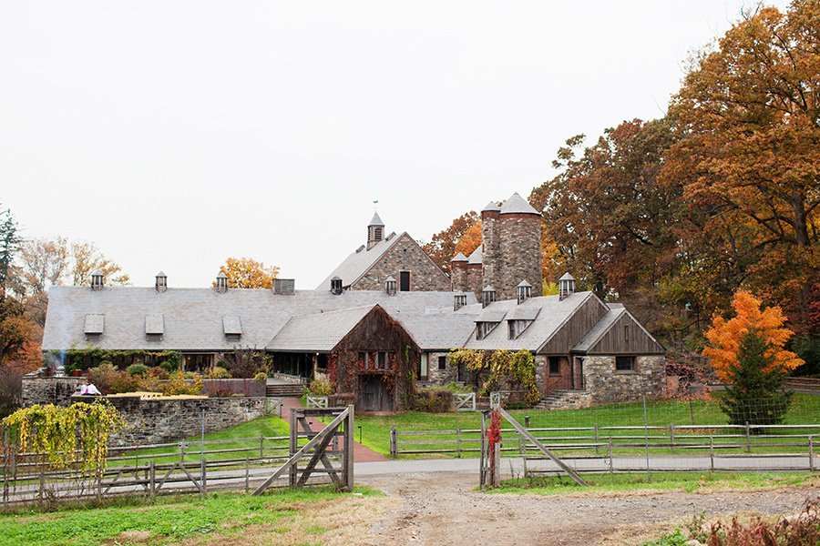 blue-hill-stone-barns-wedding-cost