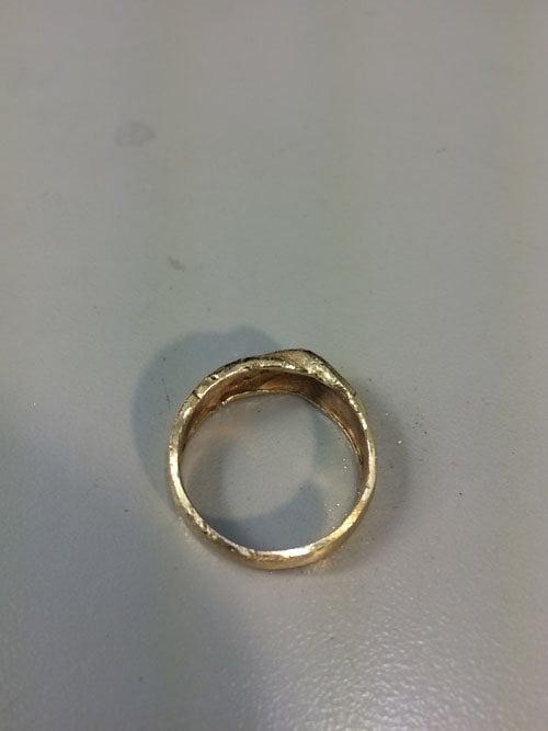 man-wedding-ring-band-gold-10