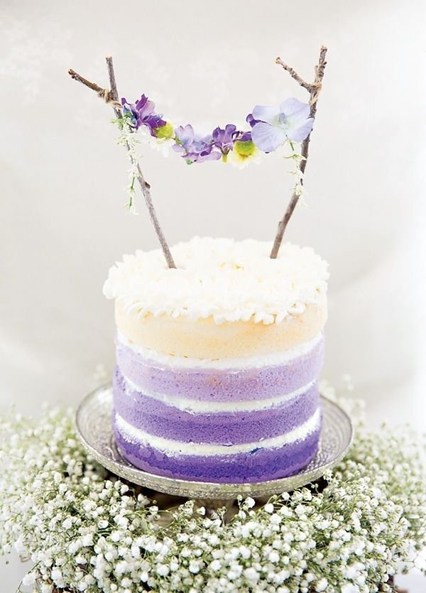 Cakes are always a great way to incorporate your wedding color or theme.