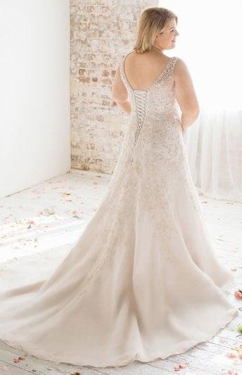 Roz la Kelin's 'Blossom' dress