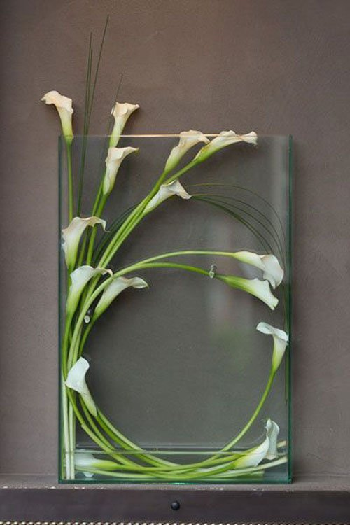 wedding flowers calla lily woman getting married