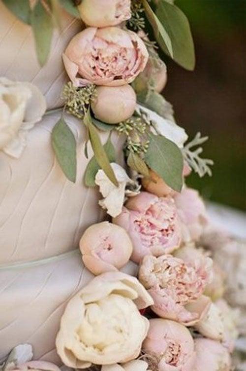 Wedding Flowers Peonies Woman Getting Married - Peony Wedding Cake