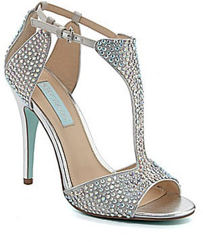 Silver Wedding Shoes You Can Actually Wear Again Woman