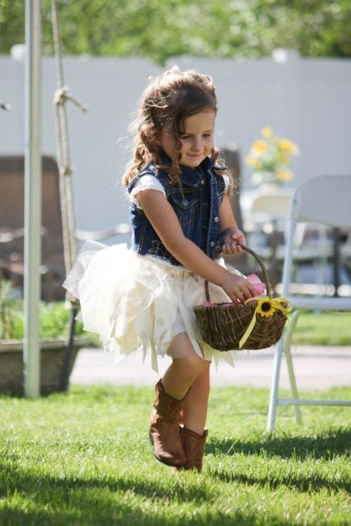 Country wedding ideas 14 for Country wedding flower girl dresses