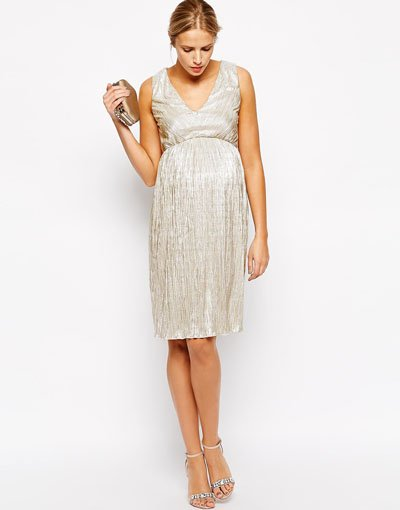 Where to Find Maternity Bridesmaid Dresses - Woman Getting Married