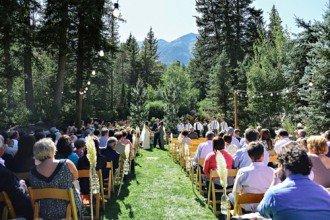 Ruffled - photo by http://blushbyb.com/ - http://ruffledblog.com/sundance-resort-wedding/