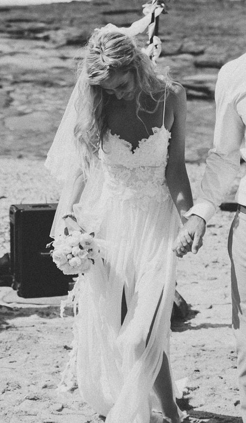 beach-wedding-dresses-9