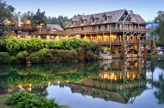 Big Cedar Lodge Wedding Venue