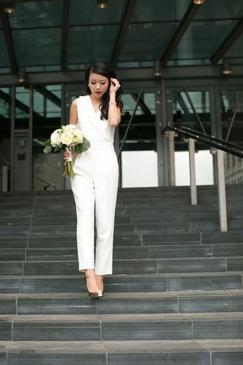 7 Ways To Have An Awesome City Hall Wedding,Wedding Dresses Burgundy And White