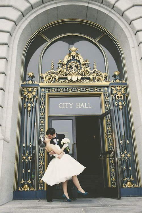 7 Ways To Have An Awesome City Hall Wedding