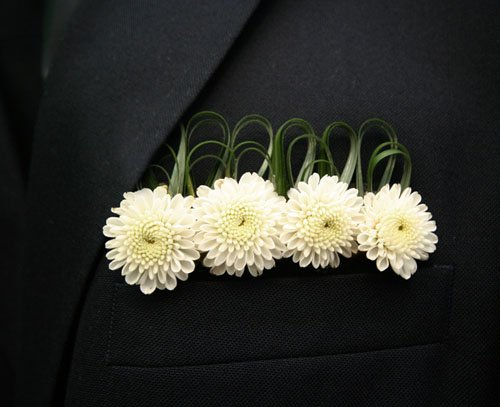 17 Unique Boutonnieres