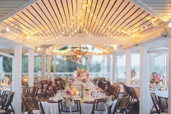 beach wedding lights