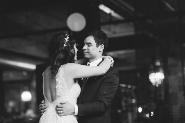 chicago-real-wedding-maggie-fortson-loft010