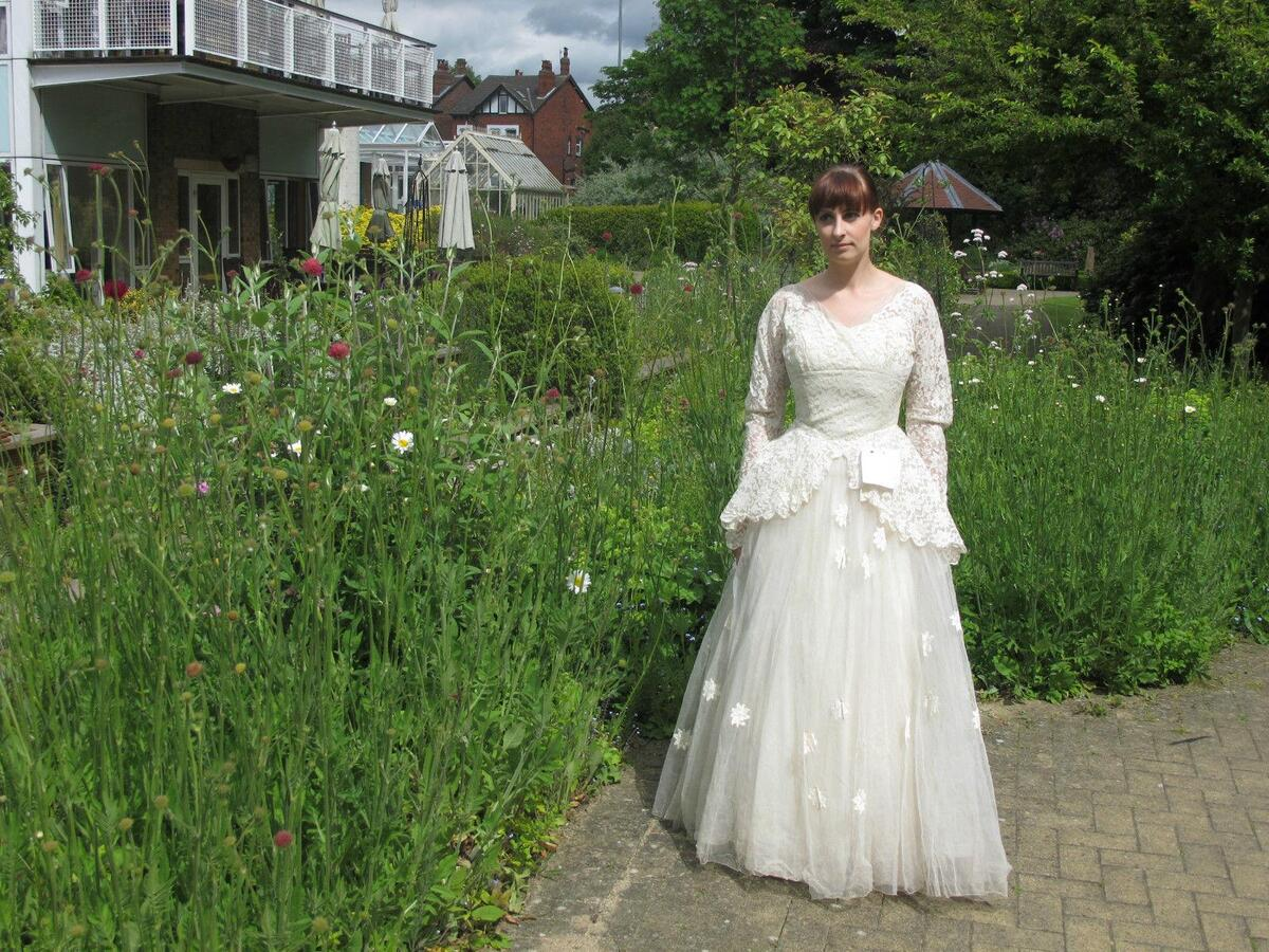Vintage wedding dresses for sale ebay bridesmaid dresses for Old wedding dresses for sale