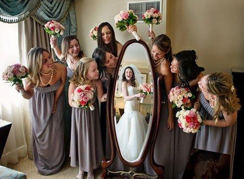A Different Bridesmaids Setup