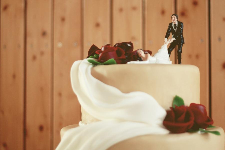 Funny Wedding Cake Stories