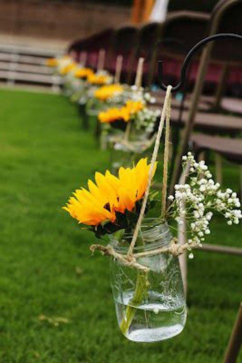 Put Sunflowers in Mason Jars