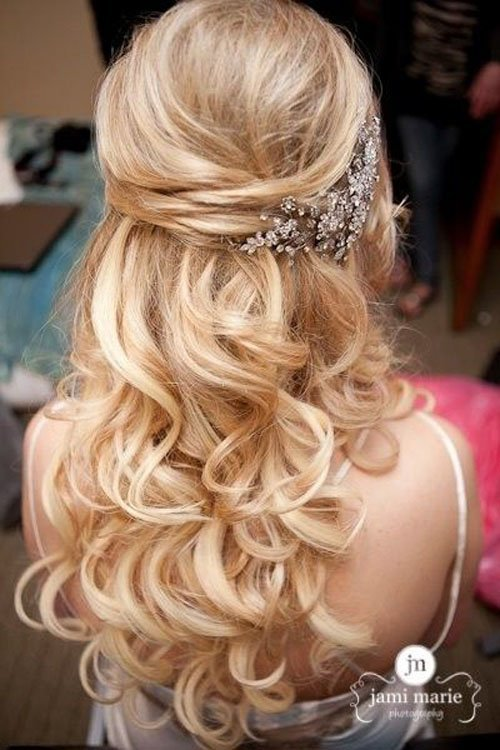 13 Half-Up, Half-Down Wedding Hairstyles to Try Now