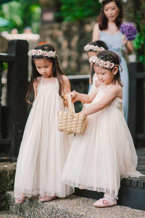 866cc73aee2 28 Amazing Garden Wedding Ideas