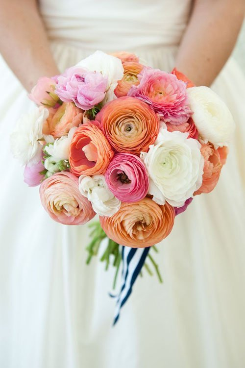 10 Stunning Ways to Use Ranunculus Wedding Flowers