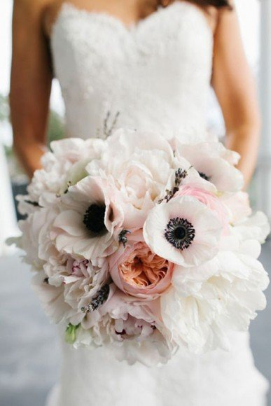 Ranunculus look amazing when paired with Anemones.