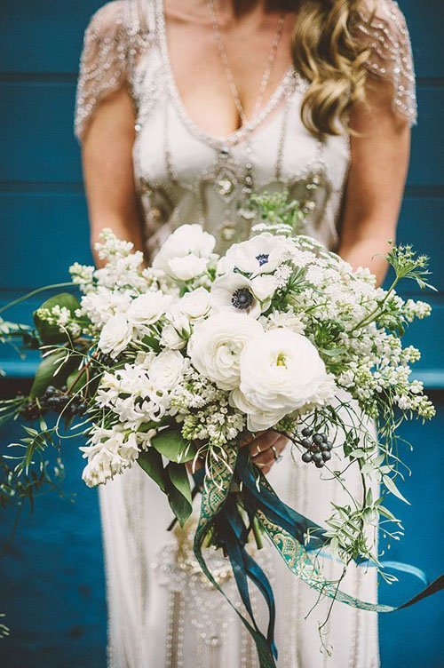 10 Gorgeous Ways to Use Ranunculus at Your Wedding