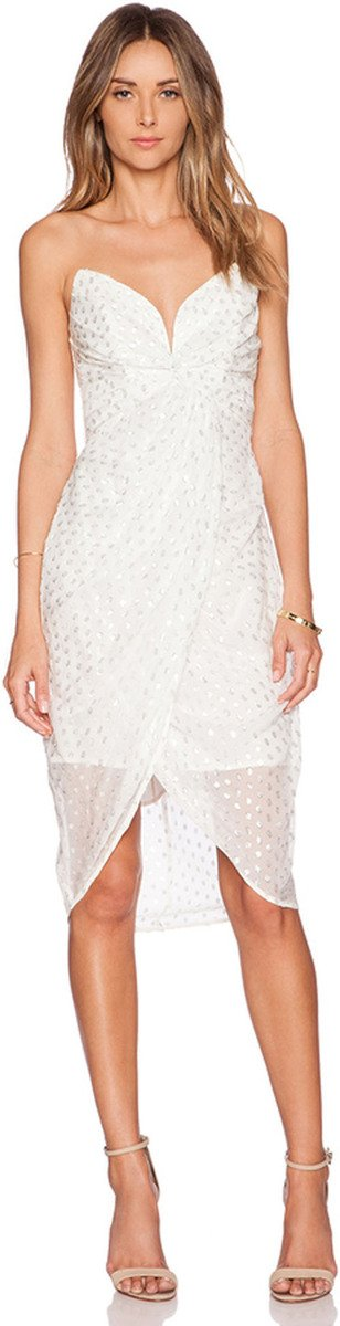fc4b5b7f56 14 Incredibly Stylish Short Wedding Dresses