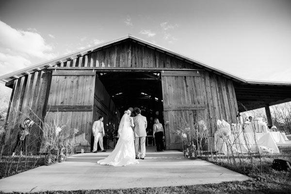 real-wedding-eye-wander-photography-035