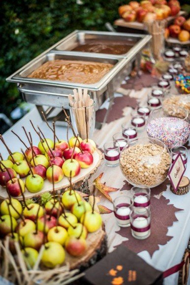 This is the perfect dessert bar for a fall wedding!