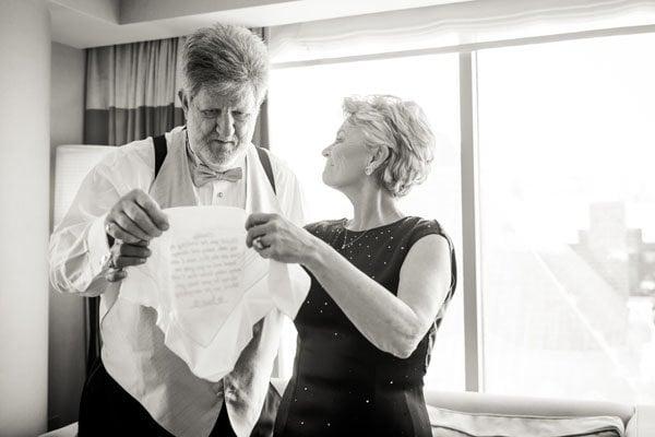 frank-gehry-vegas-real-wedding-kmh-photography-007