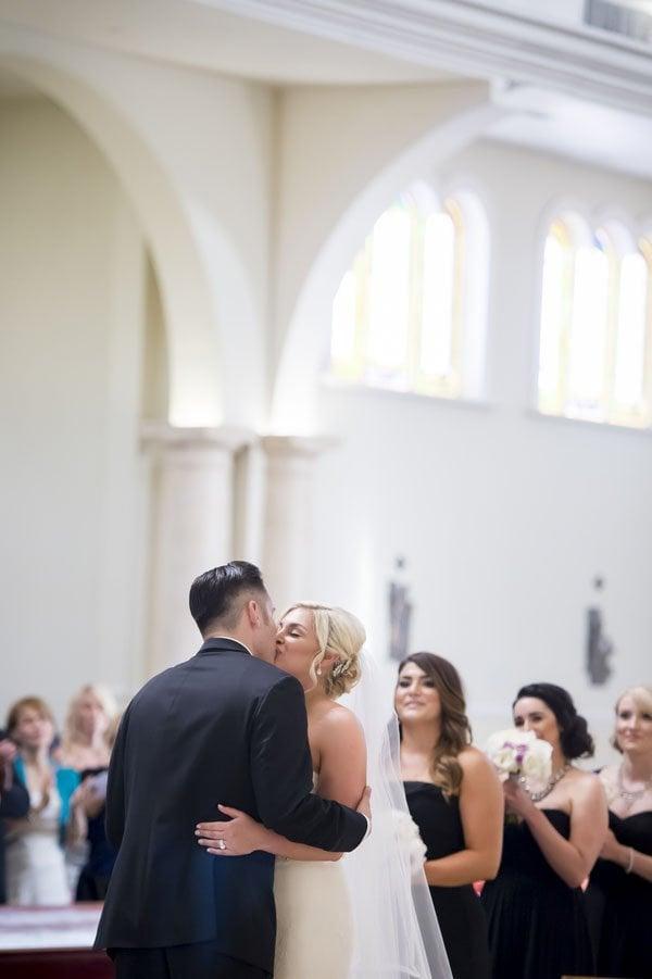 frank-gehry-vegas-real-wedding-kmh-photography-016
