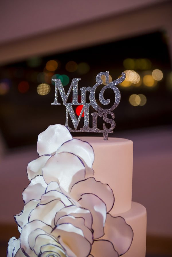 frank-gehry-vegas-real-wedding-kmh-photography-023