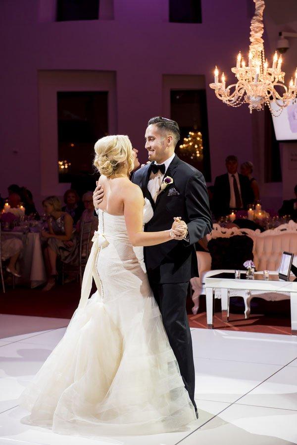 frank-gehry-vegas-real-wedding-kmh-photography-024