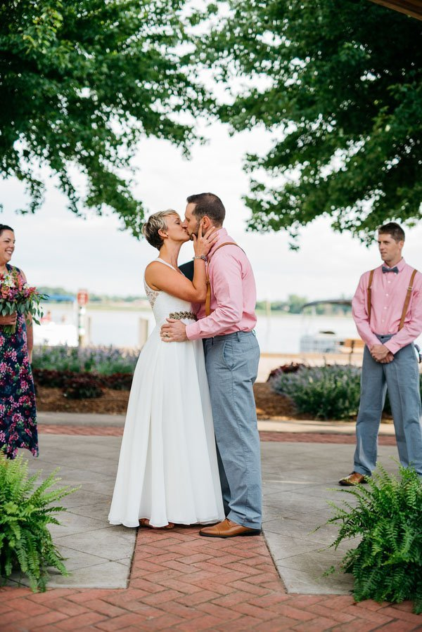 mill-point-park-real-wedding-apaige-photography-008