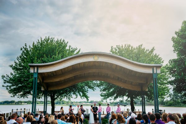 mill-point-park-real-wedding-apaige-photography-028