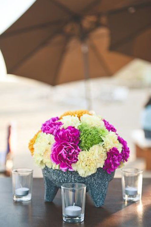 15 Gorgeous Ways To Use Carnations At Your Wedding
