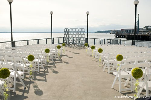 seattle-aquarium-wedding-venue-004