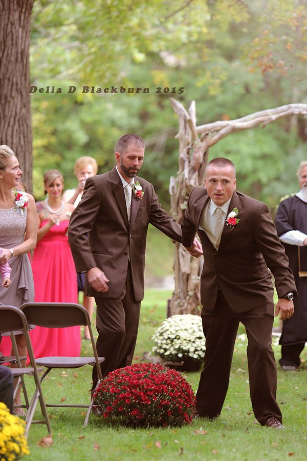 stepfather-wedding-aisle-003
